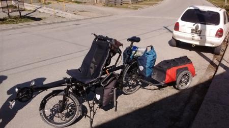 Bicicleta dupla recurva de Anysya e Alexi
